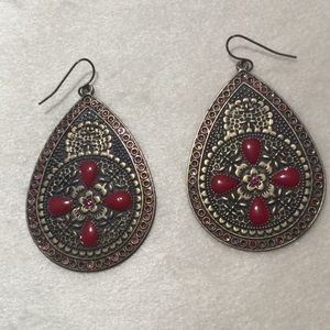 Gold and Red earrings($5 if you buy 3)
